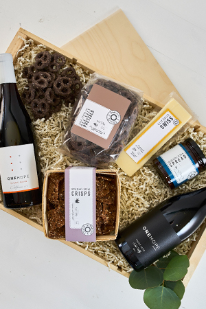 Pinot Party Gift Crate