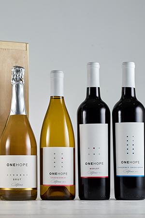 4-Bottle Wood Gift Box - Sparkling Brut, Chardonnay, Cabernet & Merlot